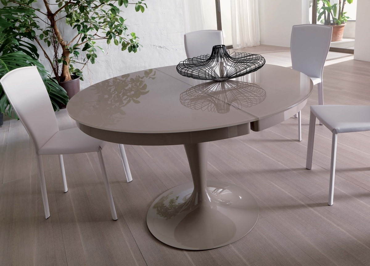 Recent Ozzio Eclipse Round Extending Dining Table (View 17 of 25)