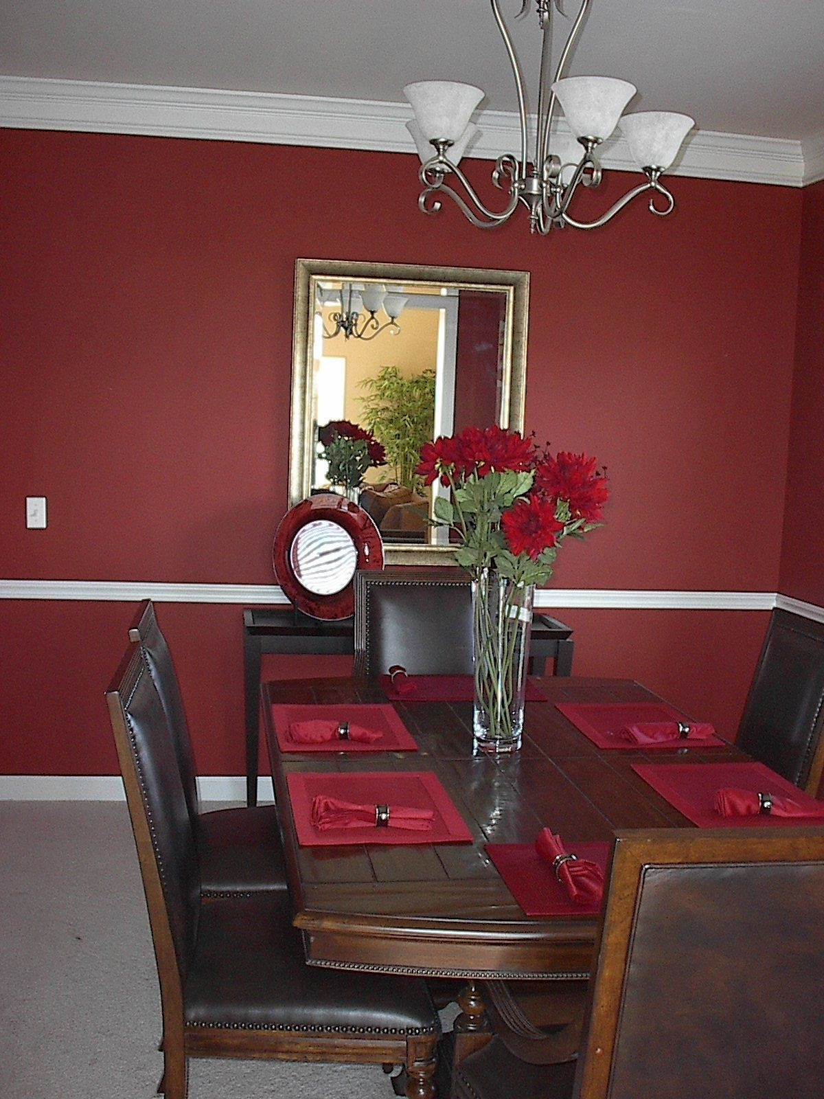 Recent Red Dining Tables And Chairs For Wall & Table Colors For Wine Decorated Dining Room (View 12 of 25)