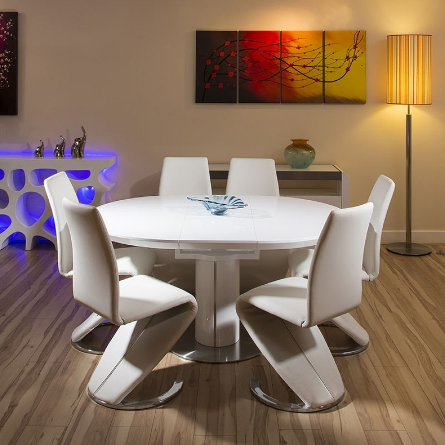 Recent White Gloss Dining Tables And 6 Chairs With Regard To Dining Set White Gloss Round / Oval Extending Table + 6 High Chairs (View 15 of 25)