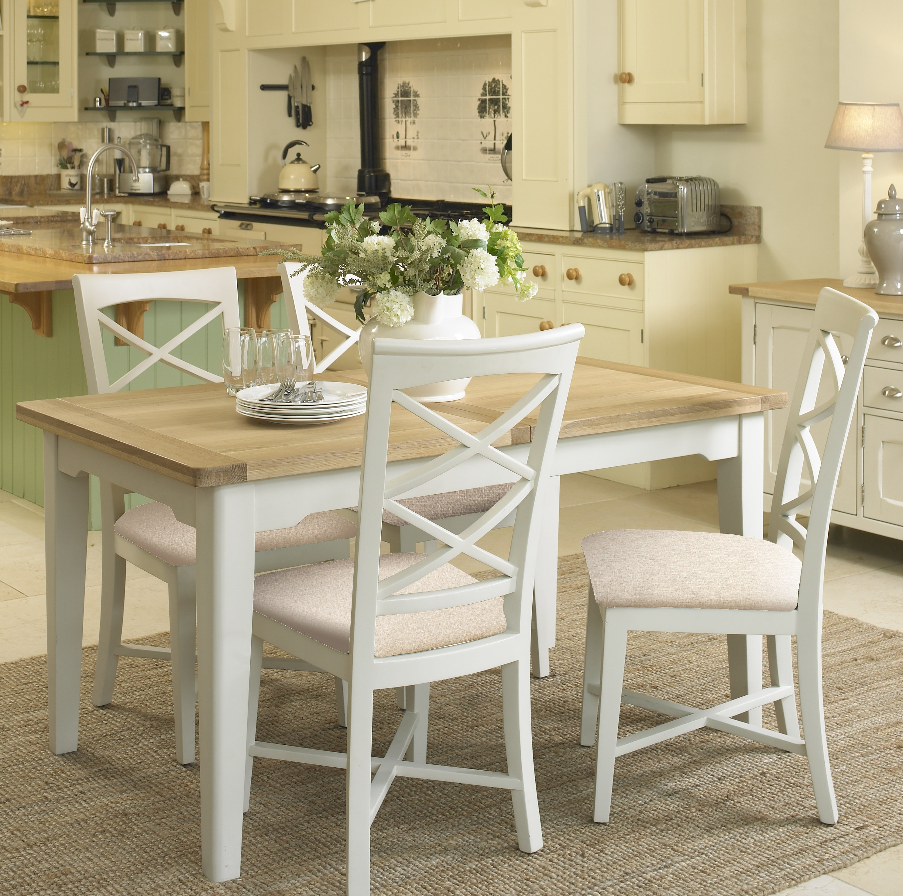 Rosecliff Heights Petunia Extendable Dining Set With 4 Chairs With Regard To Favorite Extendable Dining Tables And 4 Chairs (View 5 of 25)