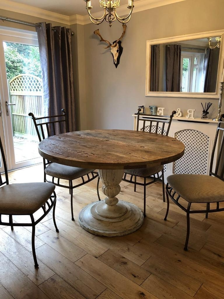 Round 6 Seater Dining Tables With Regard To Well Known Solid Oak Round Dining Table 6 Seater & Chairs (View 19 of 25)