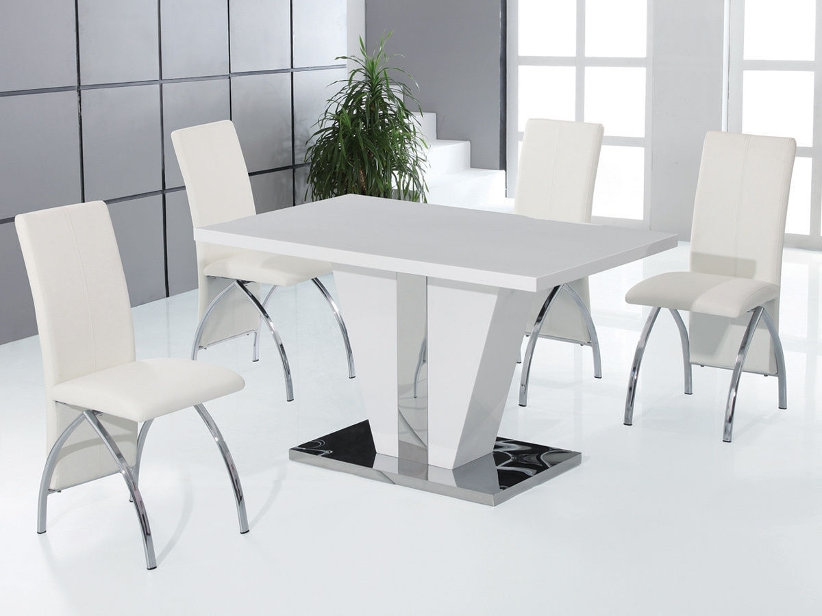 Round High Gloss Dining Tables Inside Current Full White High Gloss Dining Table And 4 Chairs Set Vintage Metal (View 18 of 25)