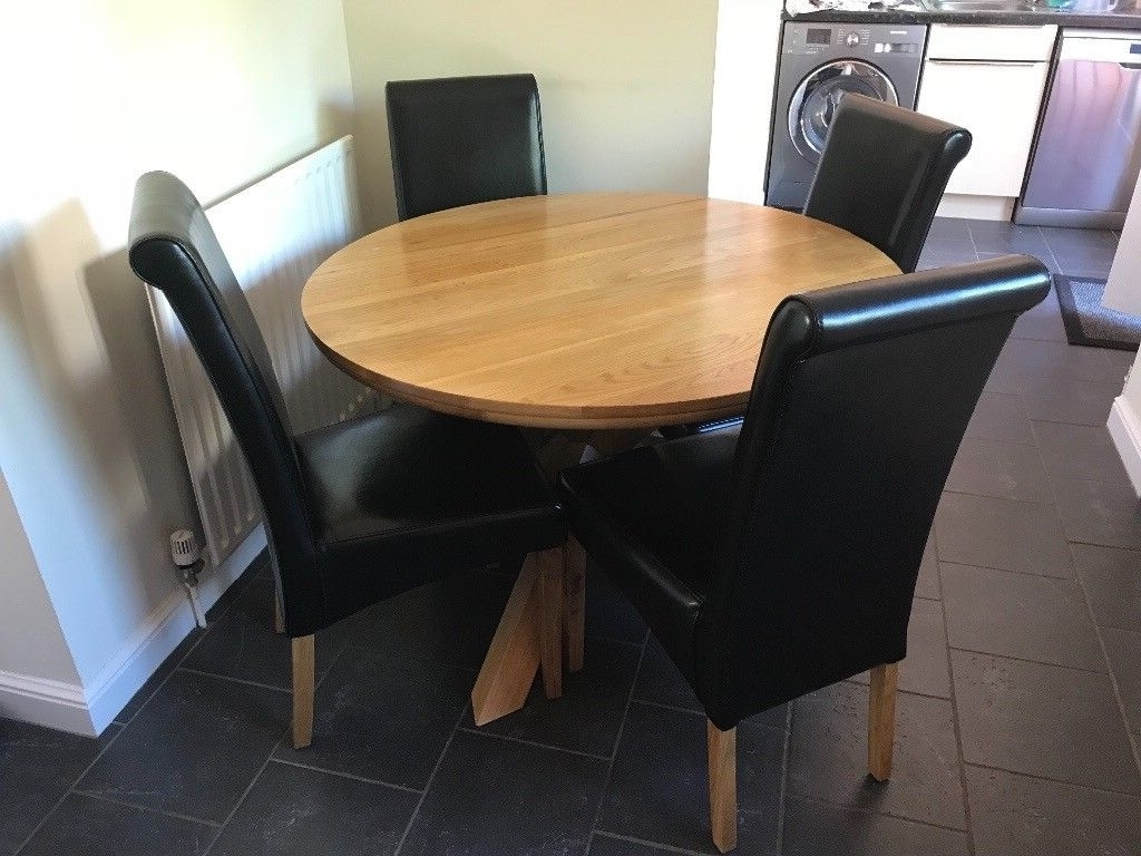 Round Oak Dining Tables And Chairs Inside Fashionable Round Oak Dining Table & 4 Black Leather Chairs – 1100Mm / 3Ft  (View 25 of 25)