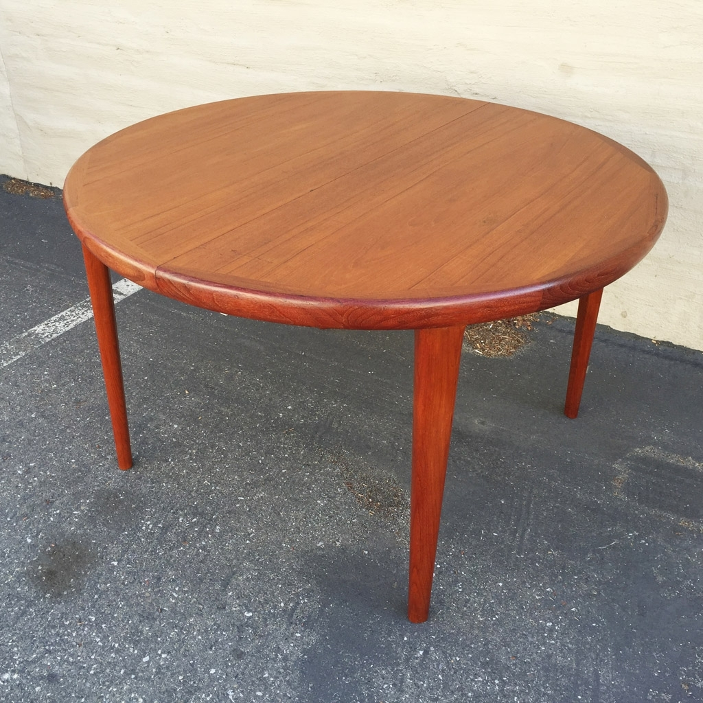 Featured Photo of Round Teak Dining Tables