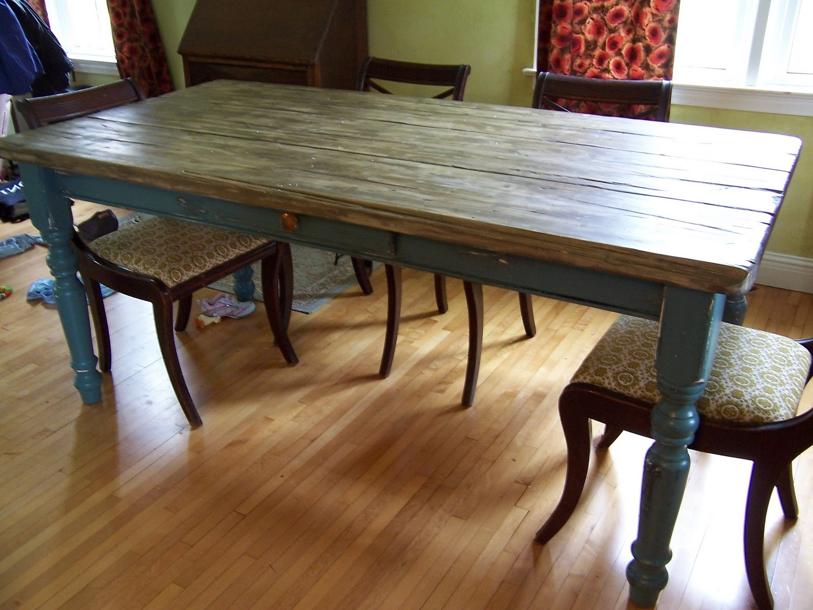 Rustic Farm Dining Tables (View 16 of 25)