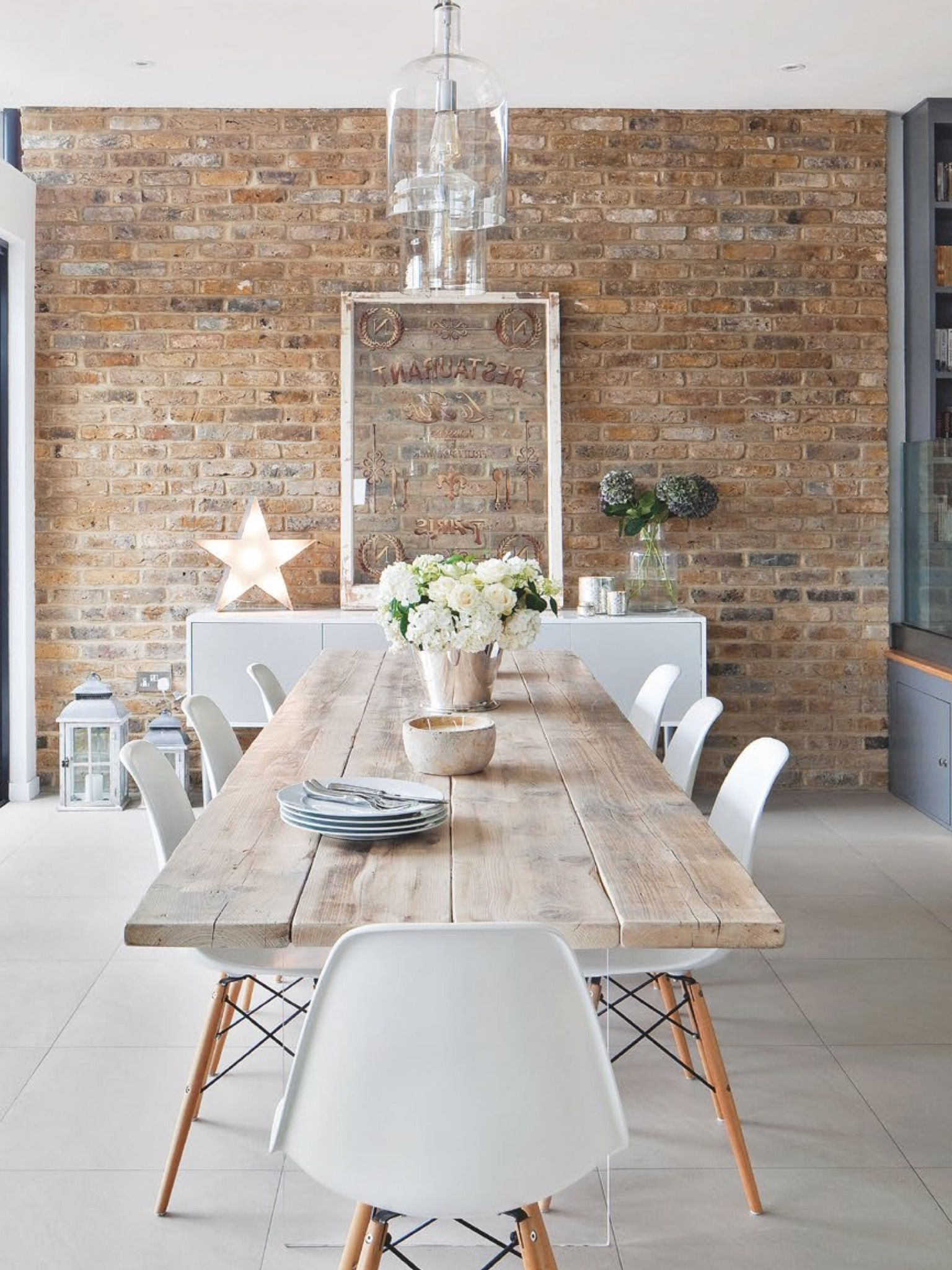 Scandinavian Dining Tables And Chairs Within Most Recently Released Dazzling Scandinavian Dining Room Ideas That Will Steal Your Heart (View 22 of 25)