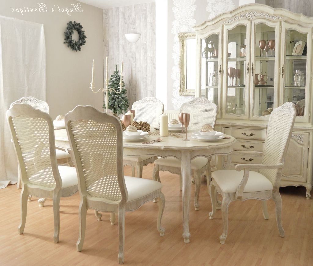 Shabby Chic Dining Table And Chairs Set – Castrophotos Regarding Current French Chic Dining Tables (View 12 of 25)