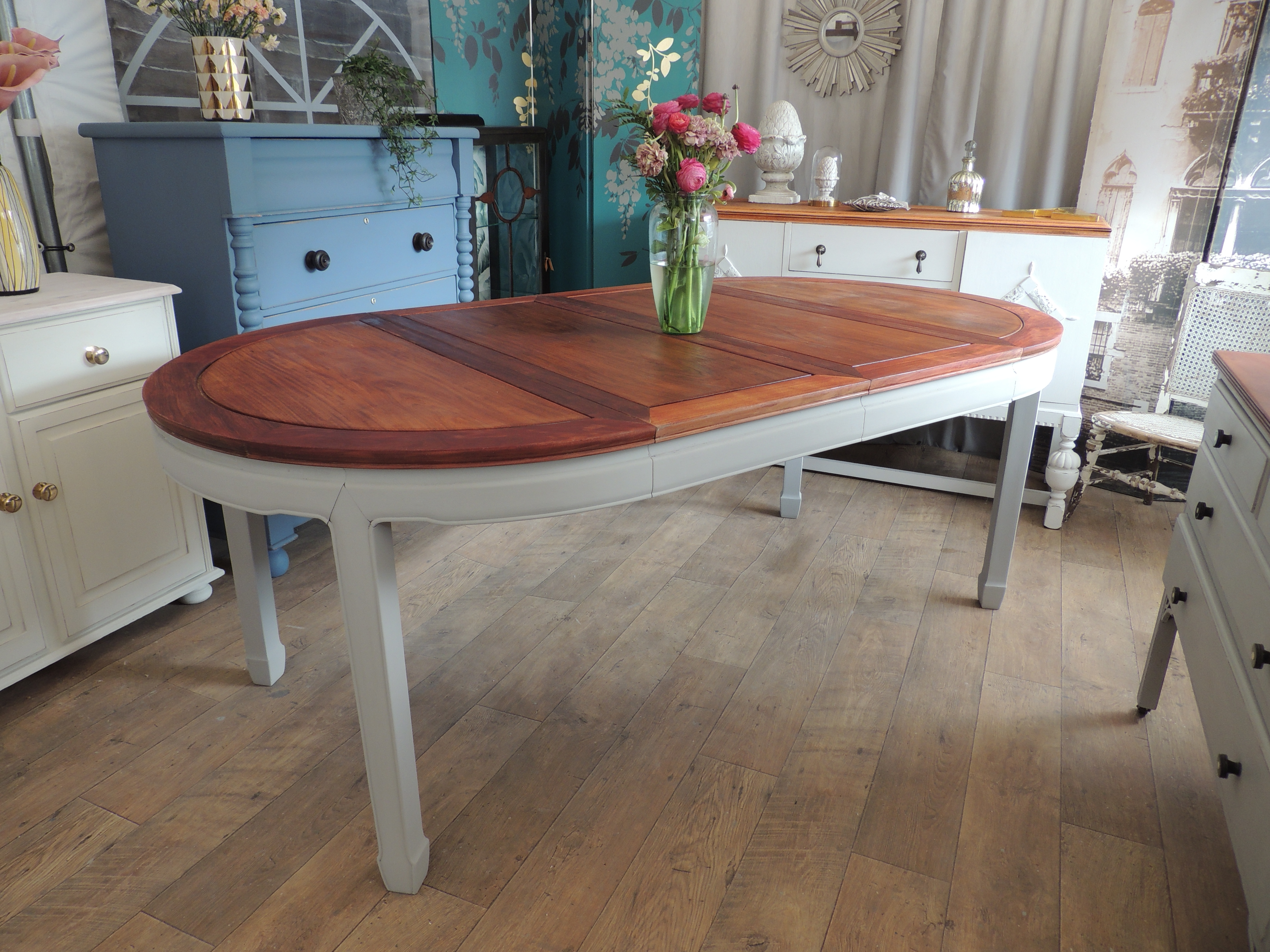 Shabby Chic Extending Dining Table For 4 8 People – Eclectivo London Throughout Popular Shabby Chic Extendable Dining Tables (View 14 of 25)