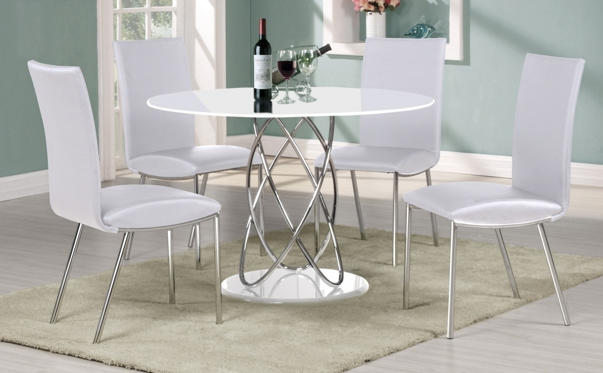 Small Round Dining Table With 4 Chairs For Well Liked Full White High Gloss Round Dining Table 4 Chairs Dining Room Side (View 13 of 25)