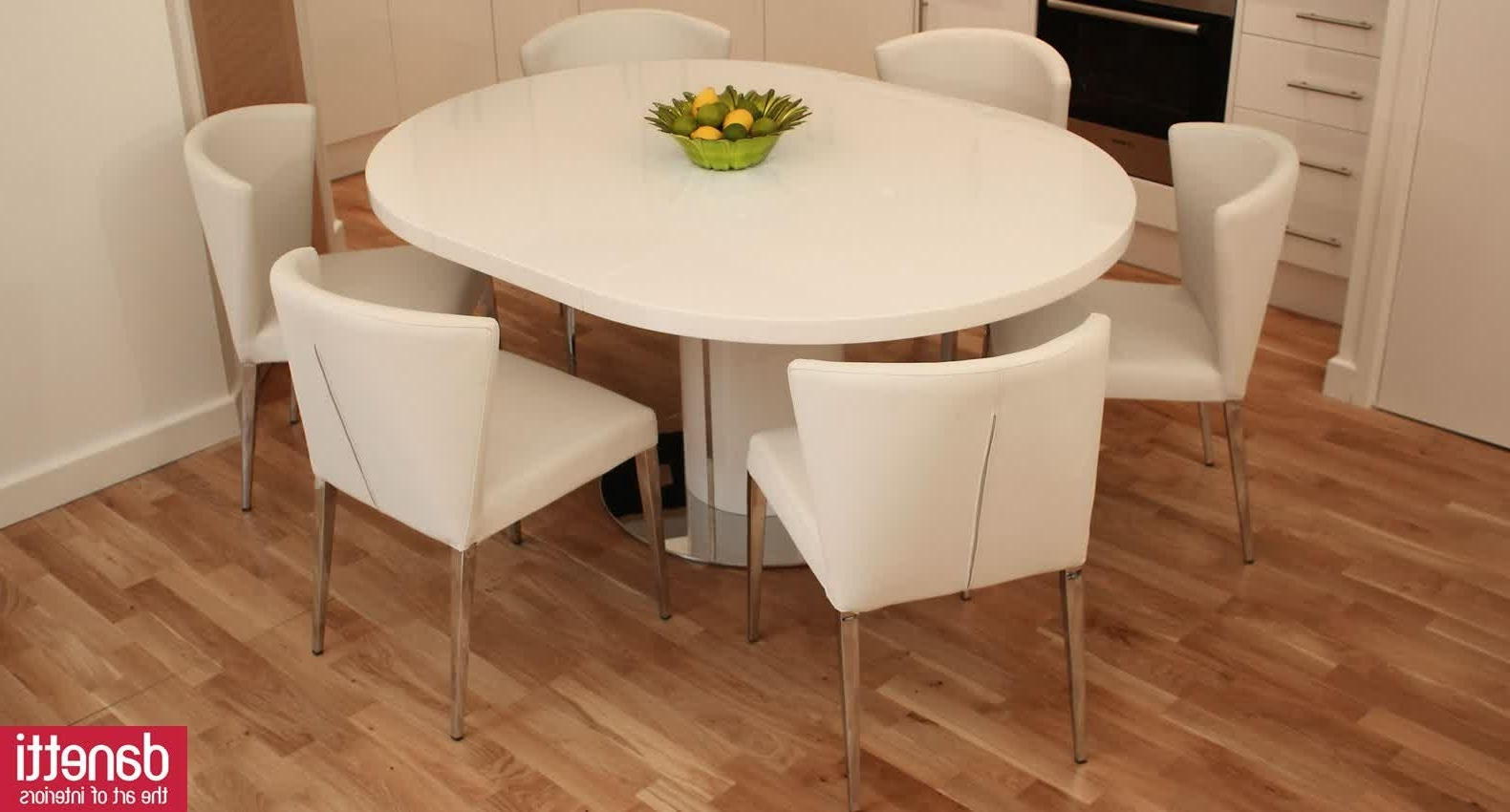 Small Sets For Set Plaster Silhouette Base Room Pedestal Extendable Inside Current Small Round Extending Dining Tables (View 24 of 25)