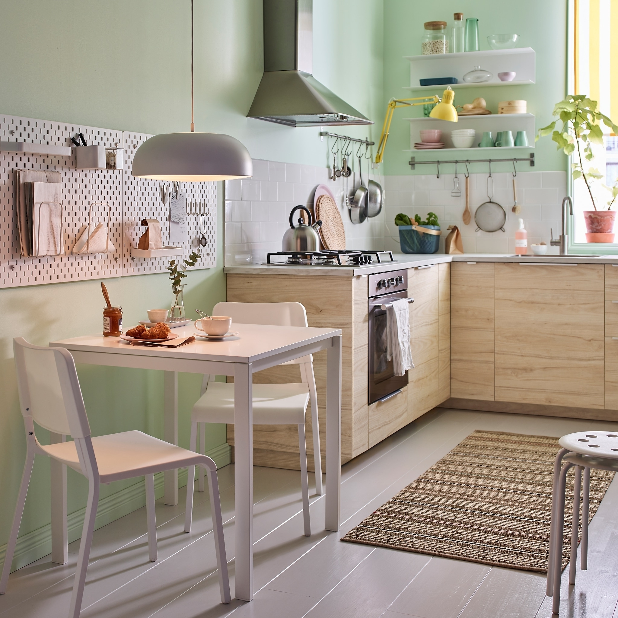 Small White Dining Tables Pertaining To Latest Dining Room Furniture & Ideas (View 20 of 25)