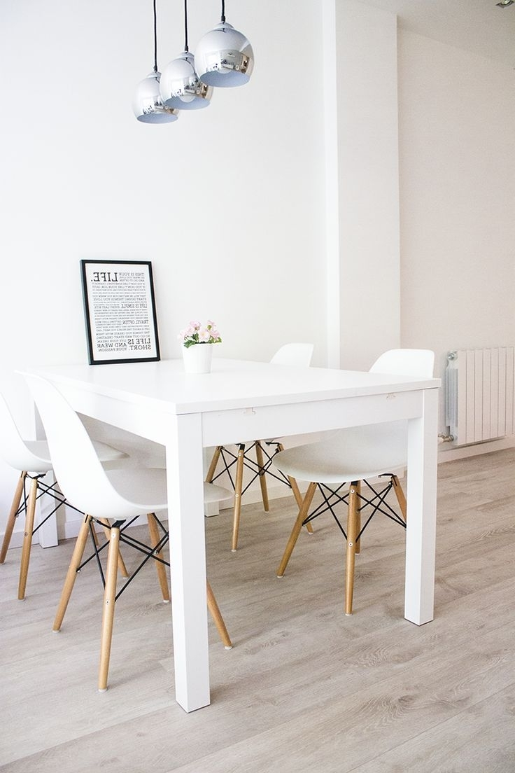 Small White Dining Tables Pertaining To Latest Use White Dining Room Table And Chairs For Your Small Family Size (View 17 of 25)