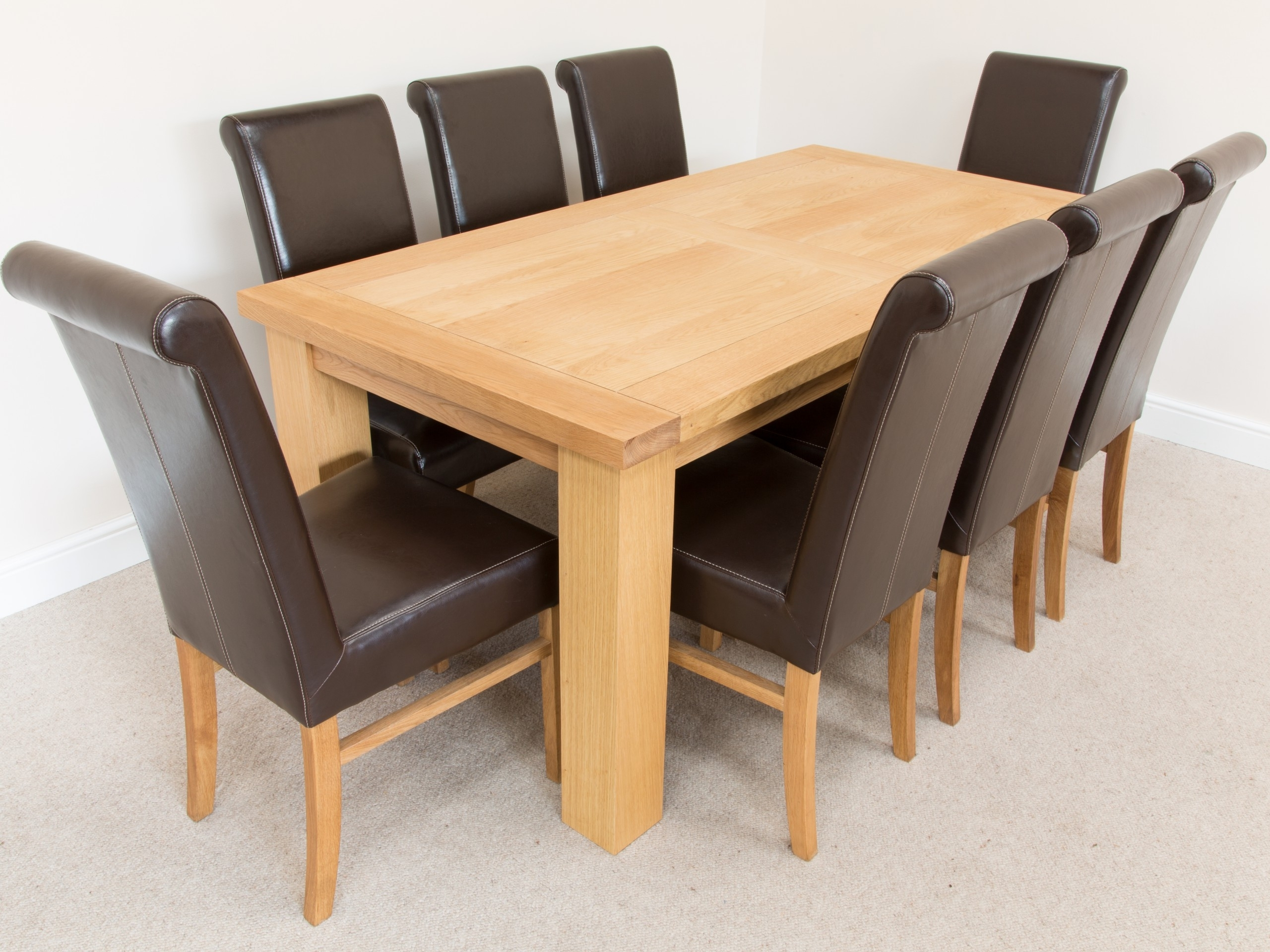 Superb Oak And Leather Dining Room Chairs – Esescatrina Within Popular Oak Dining Tables And Leather Chairs (View 23 of 25)