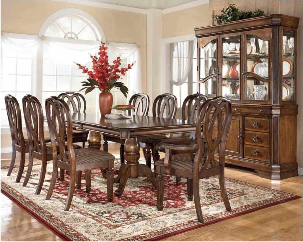 Traditional Dining Tables Regarding 2018 Unbelievable Traditional Wood Dining Tables Traditional Wood Dining (View 19 of 25)