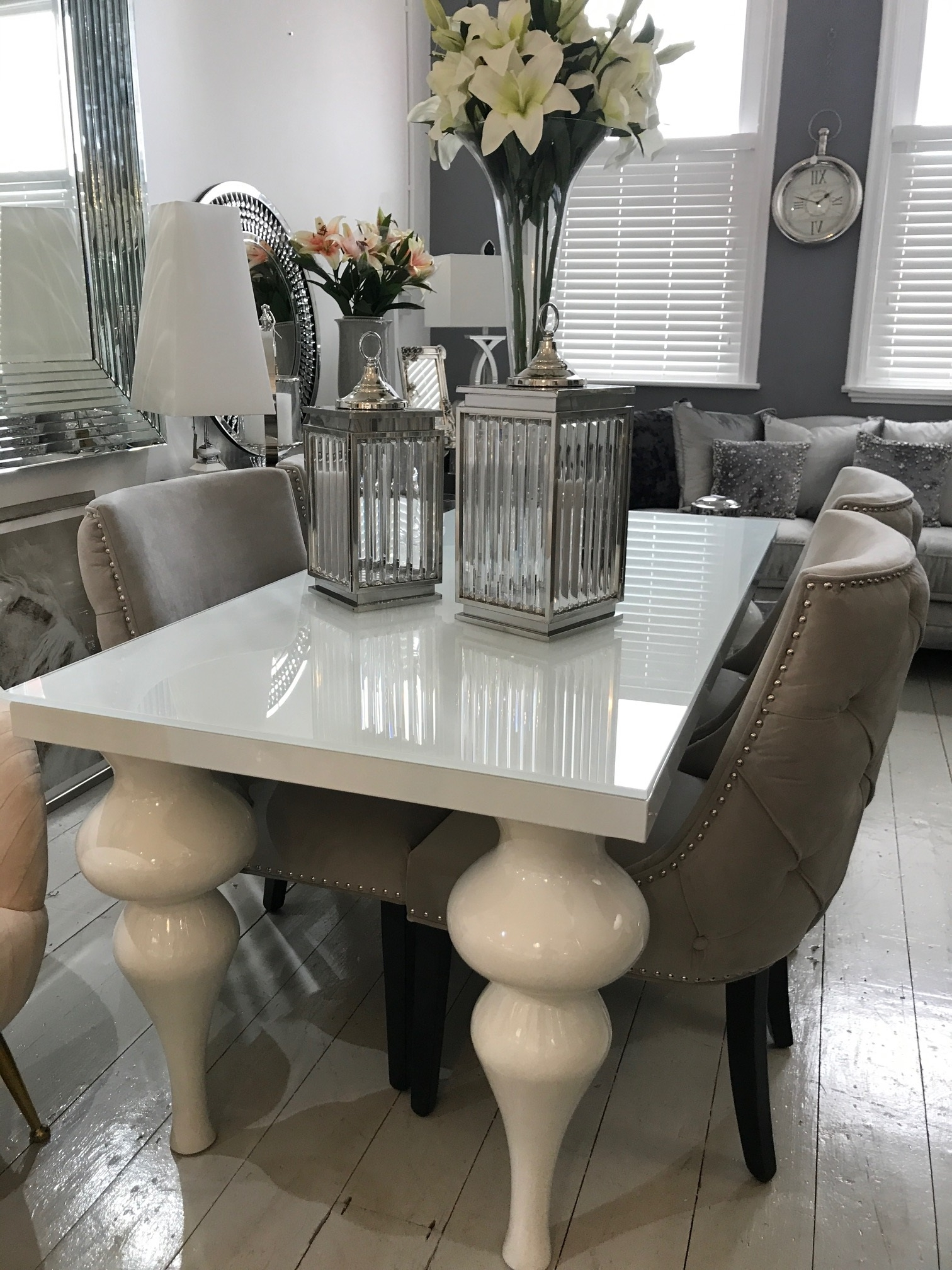 Trendy Beautiful White Gloss Dining Room Table – Esescatrina With White Gloss Dining Room Tables (View 11 of 25)