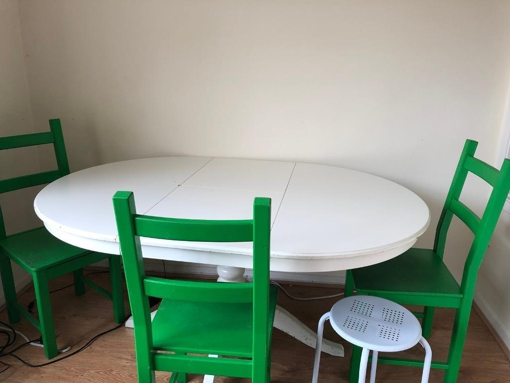 Trendy Extendable Dining Tables And Chairs Regarding Extendable Dining Table, Chairs And Stools (View 14 of 25)