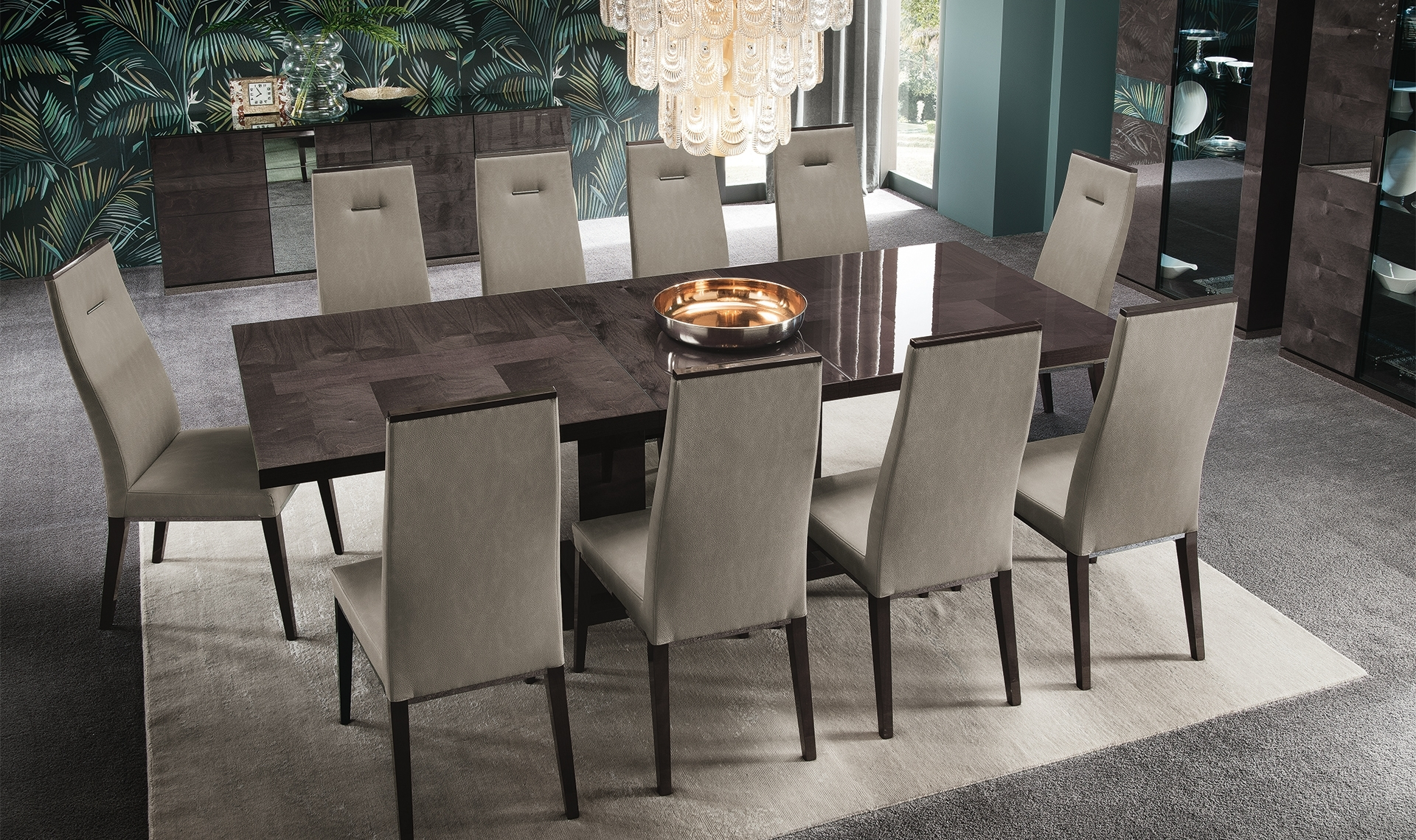 Trendy Glasgow Dining Sets With Regard To Dining Room Furniture Glasgow (View 18 of 25)