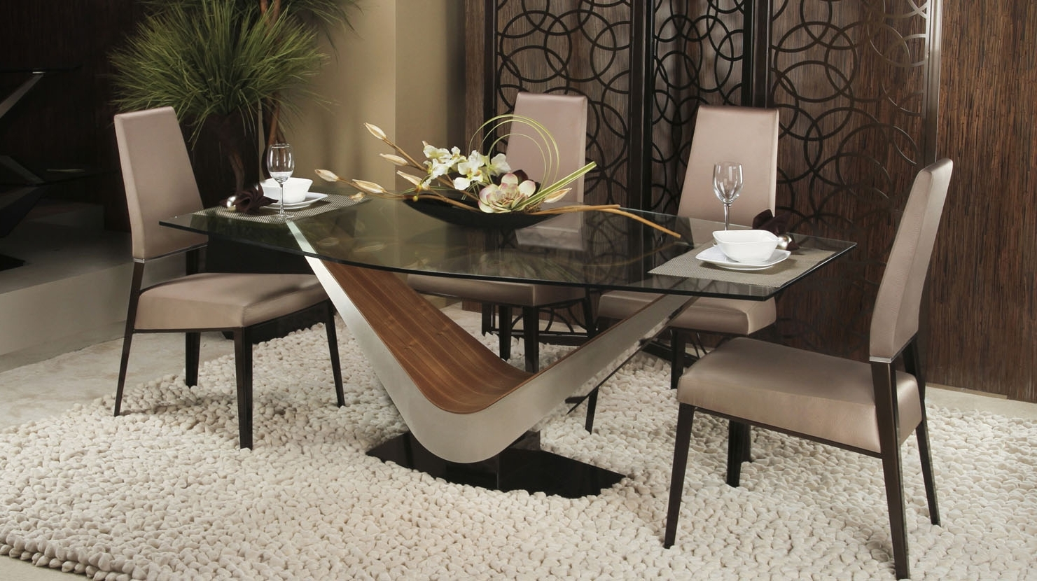 Victor Dining Table (View 19 of 25)