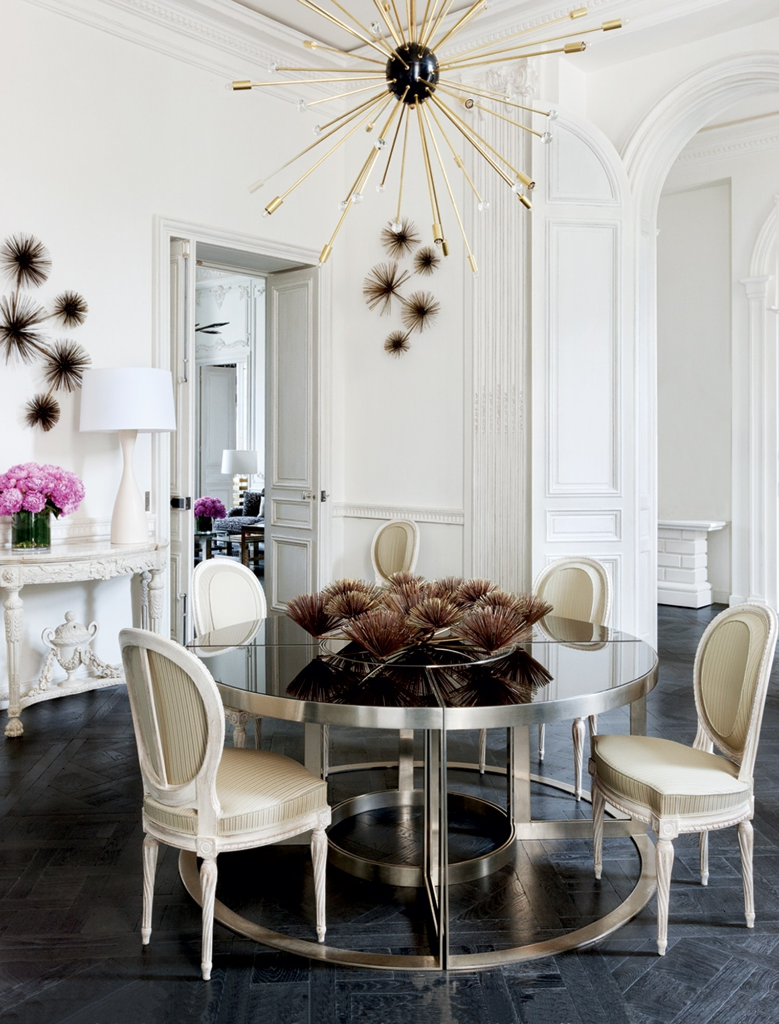 Vogue Dining Tables With Widely Used A Look At 30 Dining Rooms In Vogue – Vogue (Gallery 2 of 25)