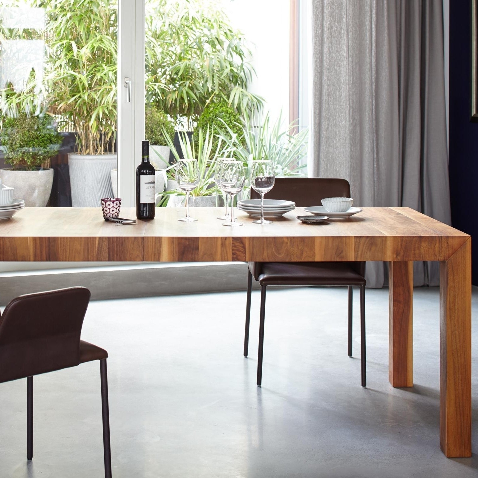 Volta Solid Wood Dining Table Extendable Pertaining To 2018 Solid Wood Dining Tables (View 23 of 25)
