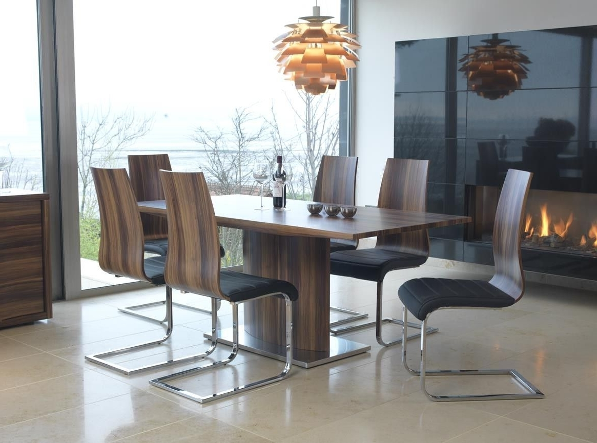 Walnut Dining Tables And 6 Chairs Within Latest Walnut Dining Set (View 8 of 25)