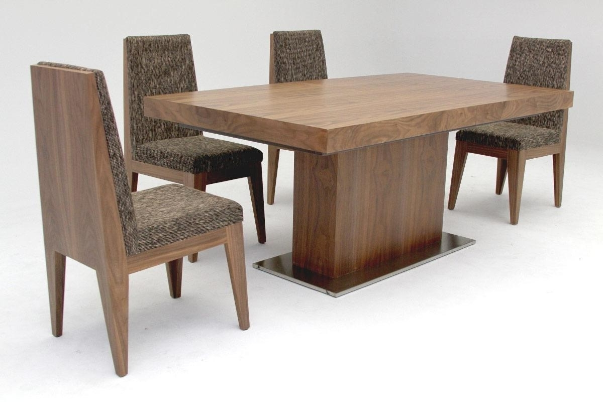 Walnut Dining Tables And Chairs Throughout 2018 Dining Room Walnut Di Contemporary Walnut Dining Table As Oak Dining (View 24 of 25)