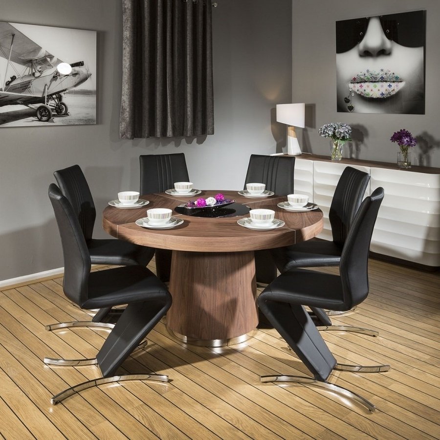 Walnut Dining Tables And Chairs Within Current Modern 1400Mm Round Walnut Dining Table & 6 Beautiful Black Z Chairs (View 20 of 25)