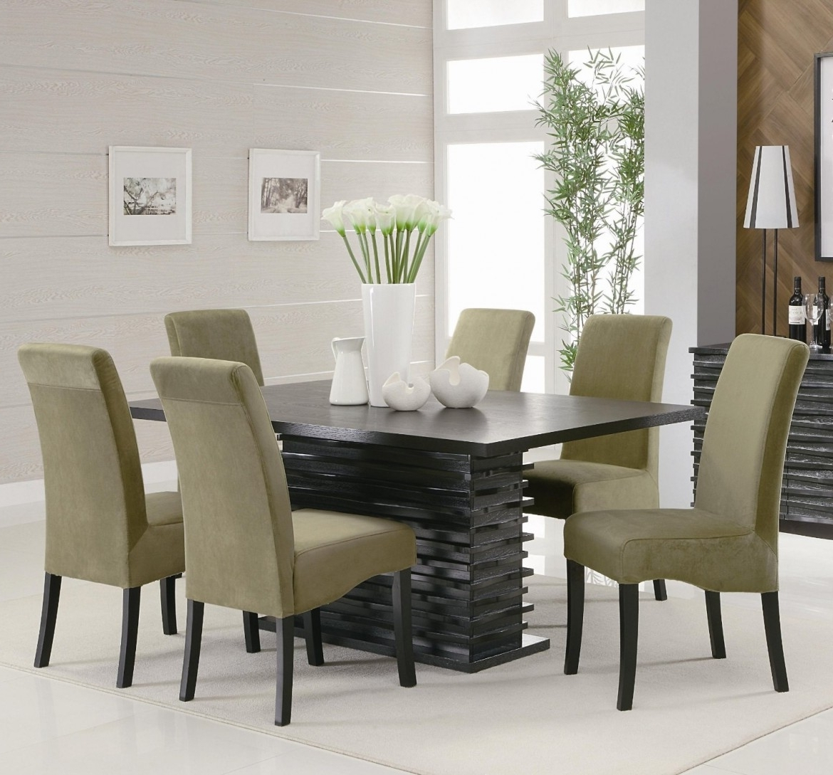 Well Known Contemporary Dining Tables Sets Inside Modern Dining Room With White Flower Vase And Rectangle Black Table (View 25 of 25)