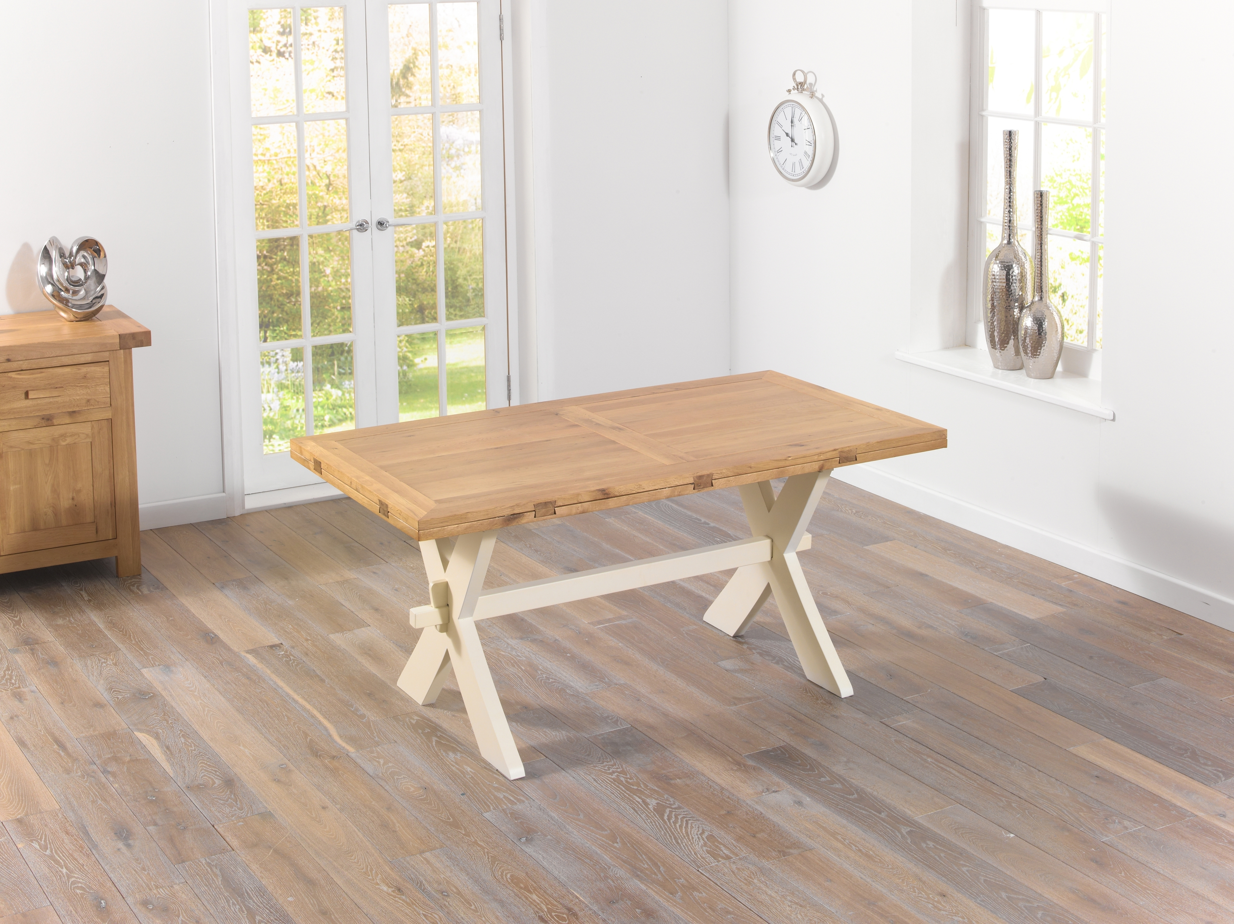 Featured Photo of Cream And Oak Dining Tables