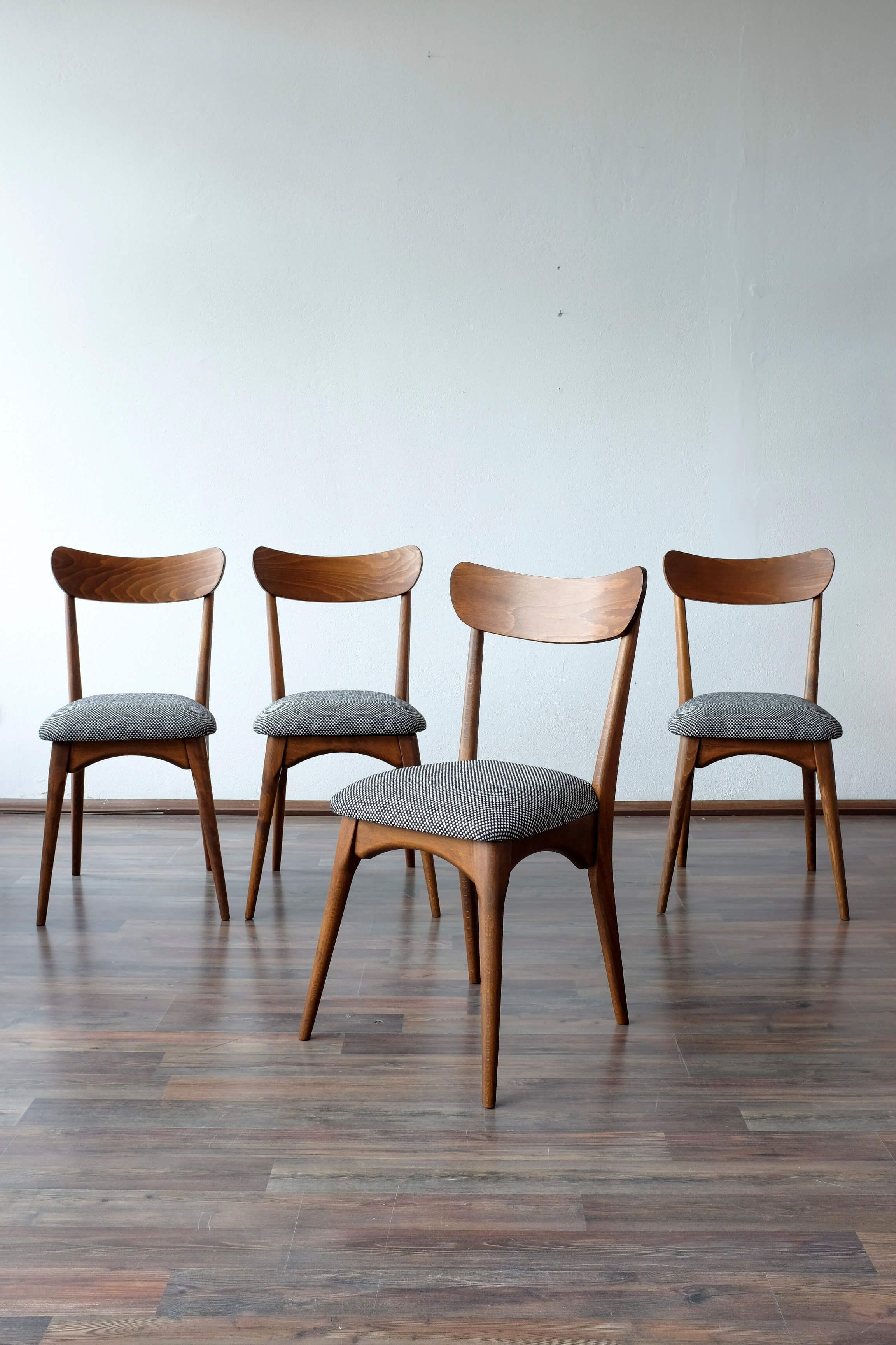 Well Known Danish Style Dining Tables Regarding Set Of 4 Danish Style Dining Chairs – Renové (View 25 of 25)