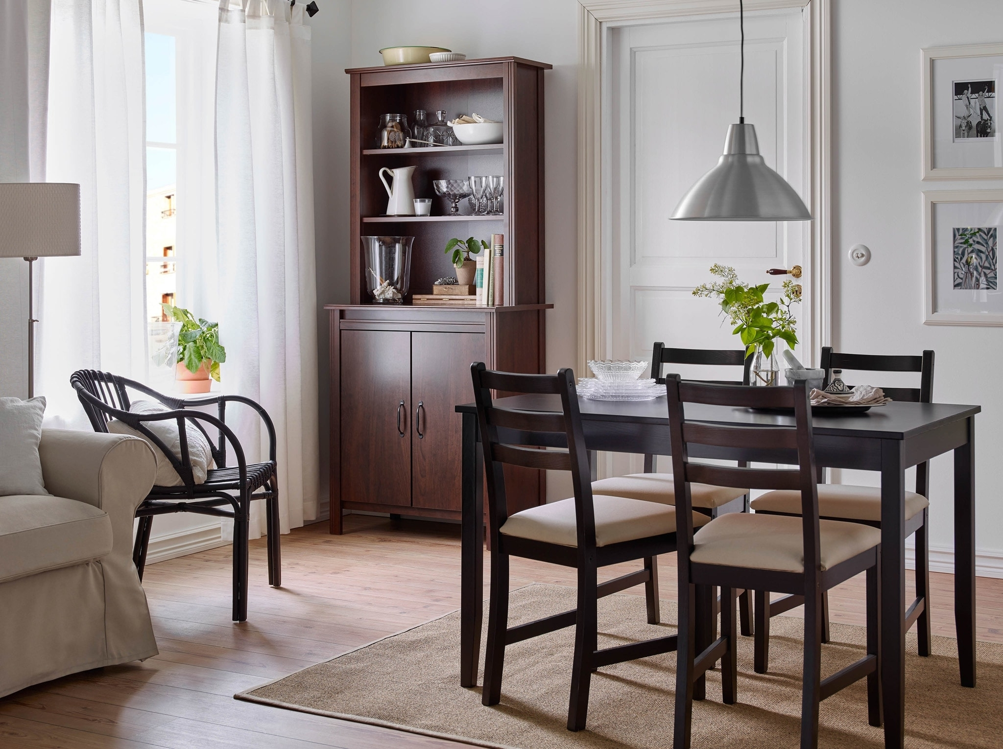 Well Known Dining Room Furniture & Ideas (View 17 of 25)