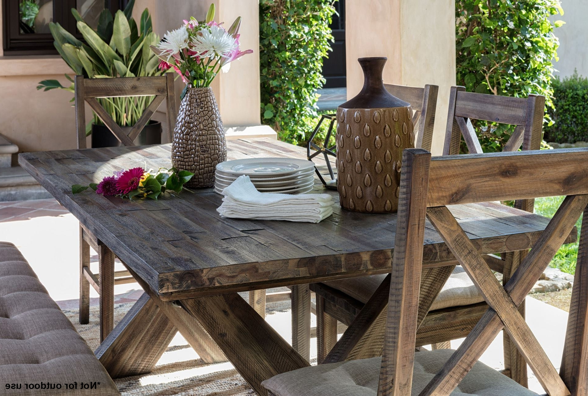 Well Known Diy Pallet Wood Outdoor Side Table Furniture For Mallard 7 Piece Extension Dining Sets (View 18 of 25)