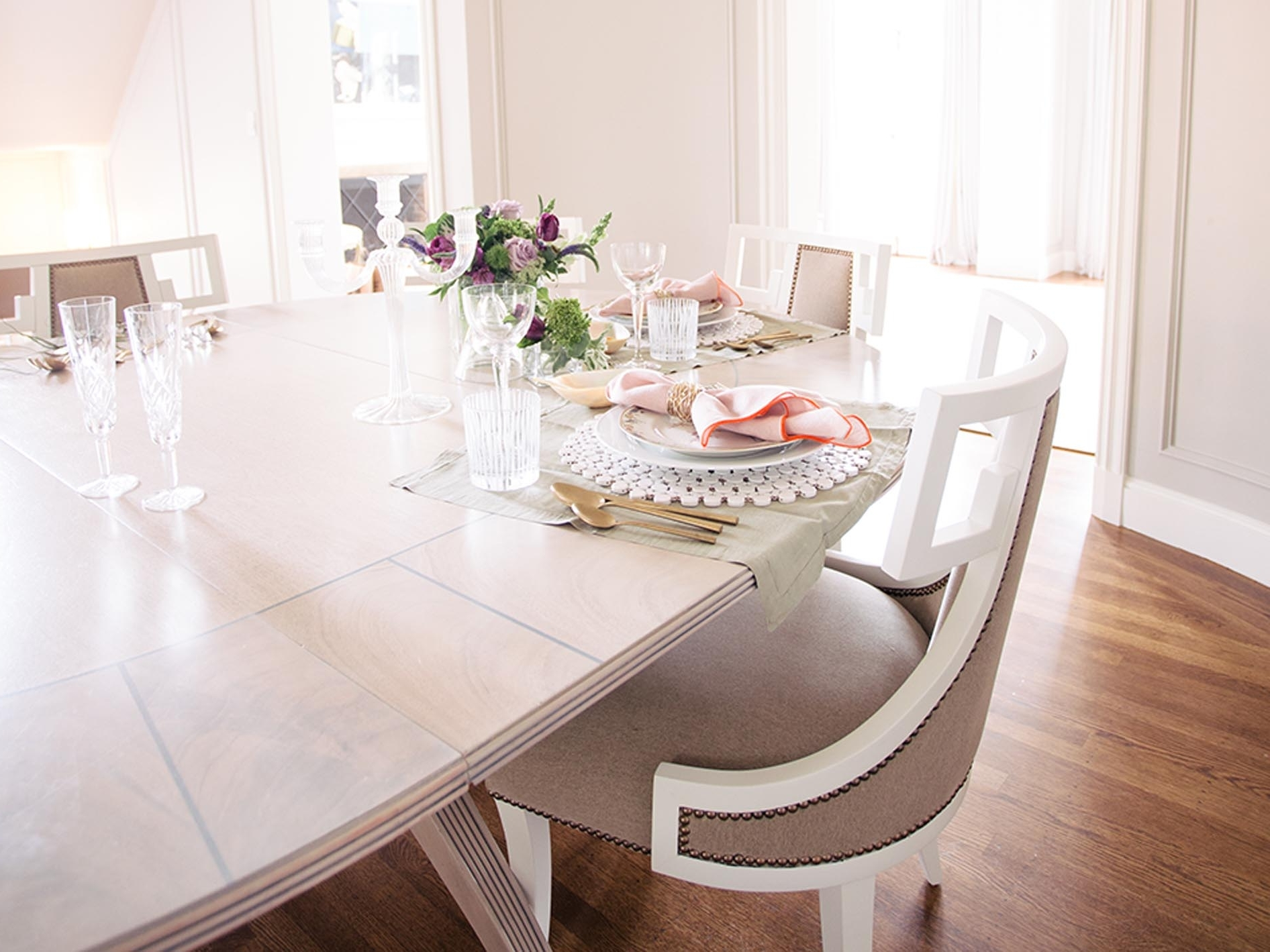 Well Known How To Choose The Perfect Dining Table – Chairish Blog With Weaver Ii Dining Tables (View 22 of 25)