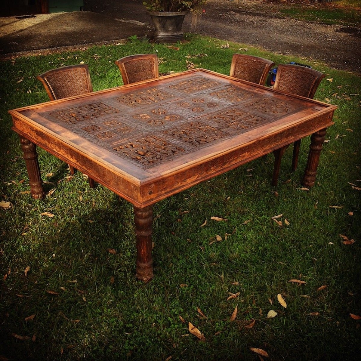 Well Known Indian Hand Carved Tribal Dining Table (View 24 of 25)