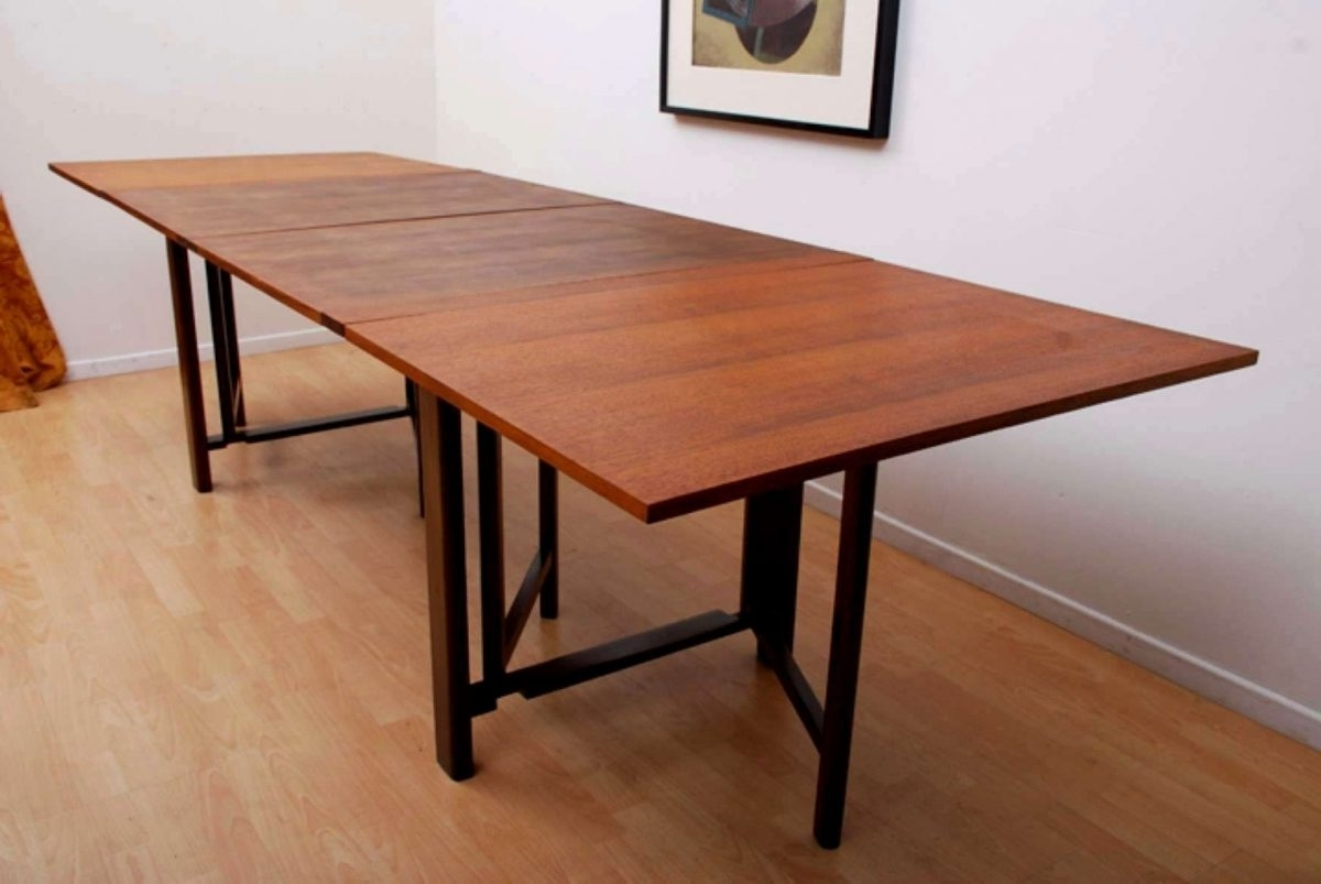 Featured Photo of Large Folding Dining Tables