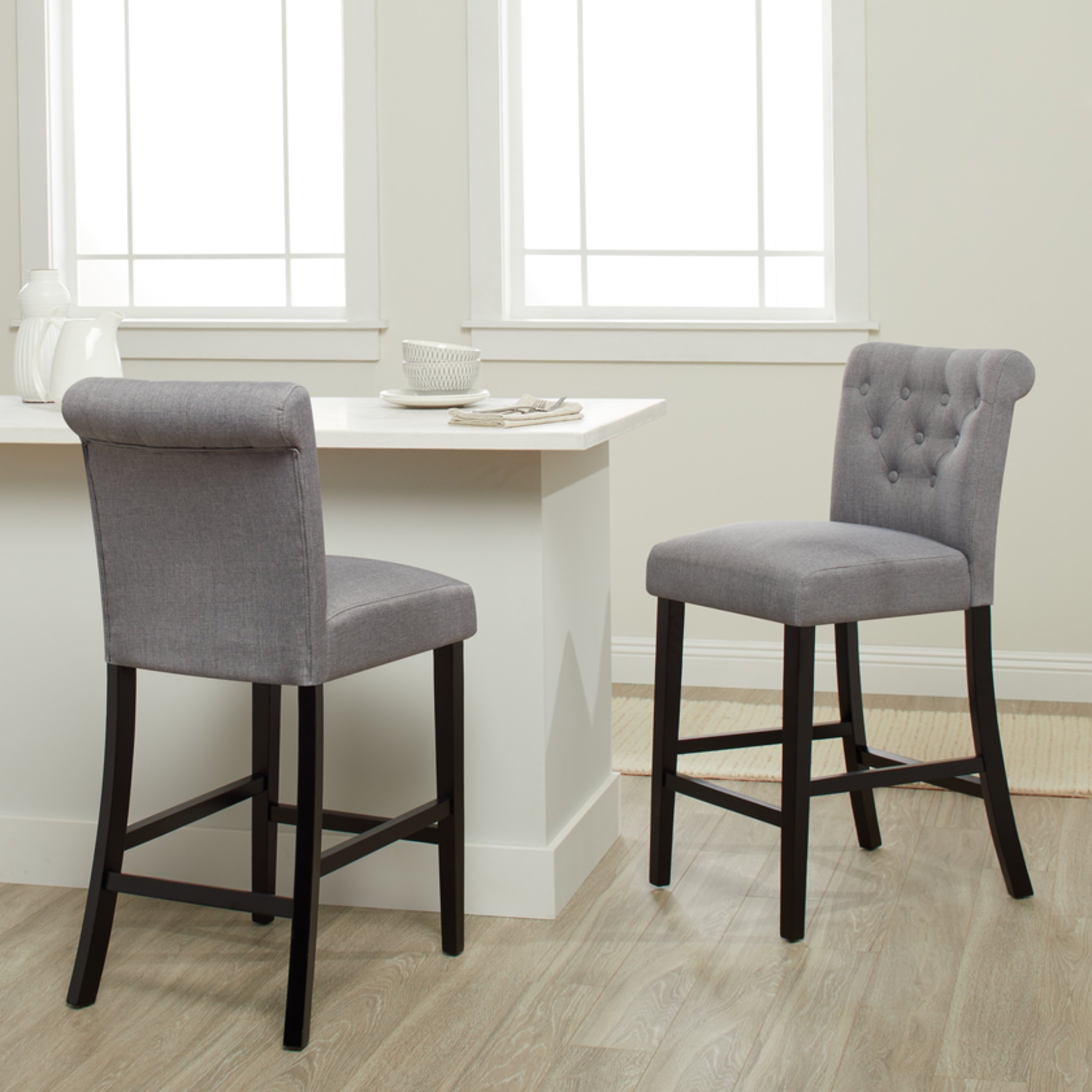 Featured Photo of Laurent 7 Piece Counter Sets With Wood Counterstools