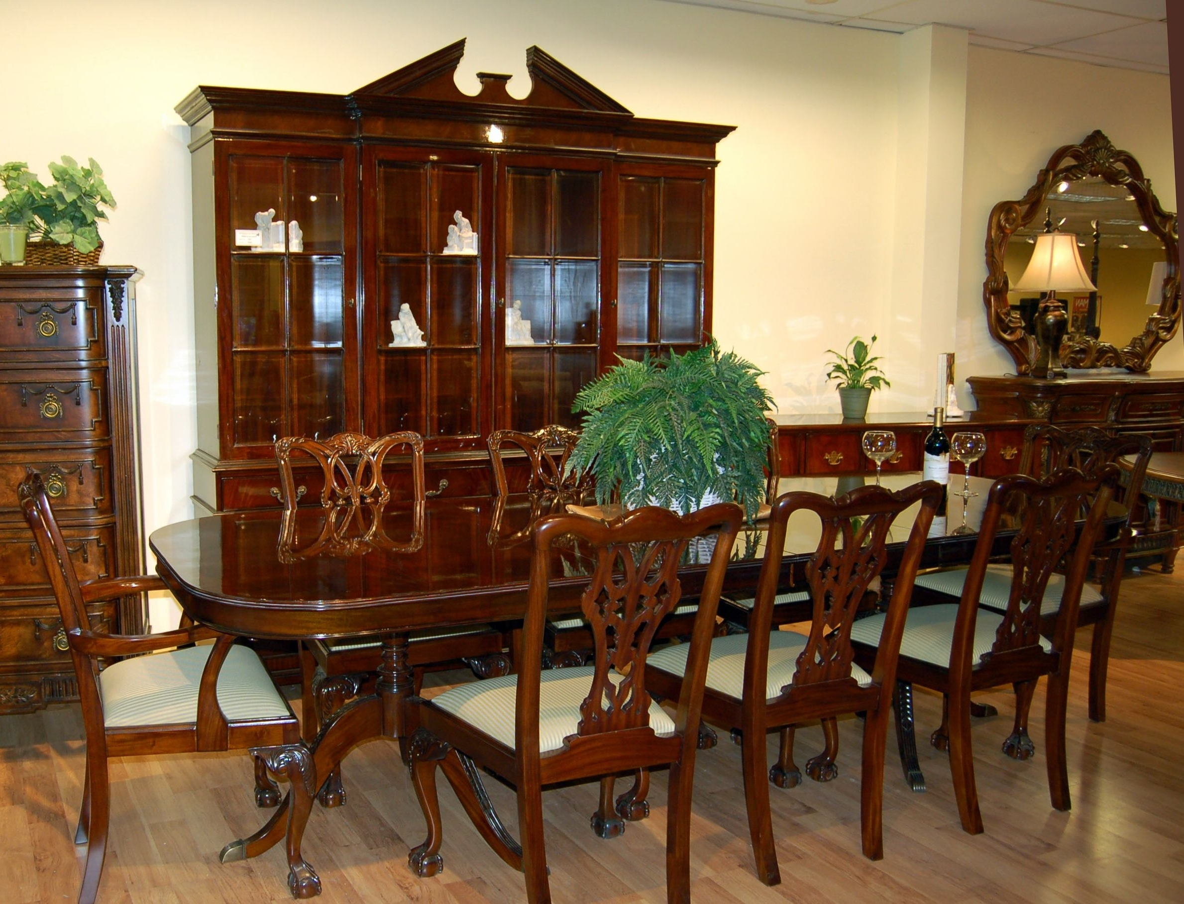 Well Known Mahogany Dining Tables Sets In 1940 Dining Room Sets – Domainmichael (View 24 of 25)