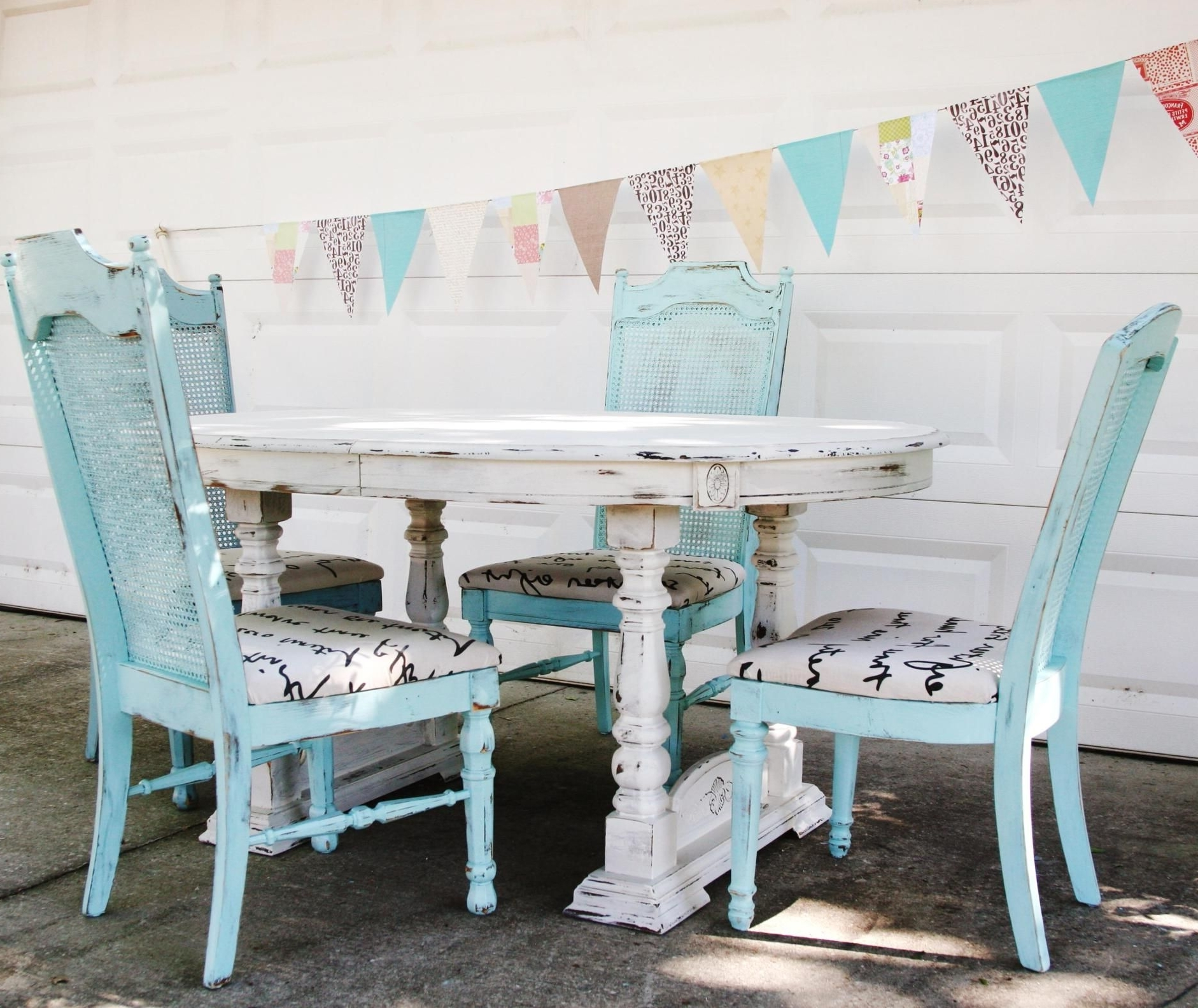 Well Known Shabby Chic Dining Chairs Pertaining To 49 Shabby Chic Dining Furniture Table Ideas (View 2 of 25)