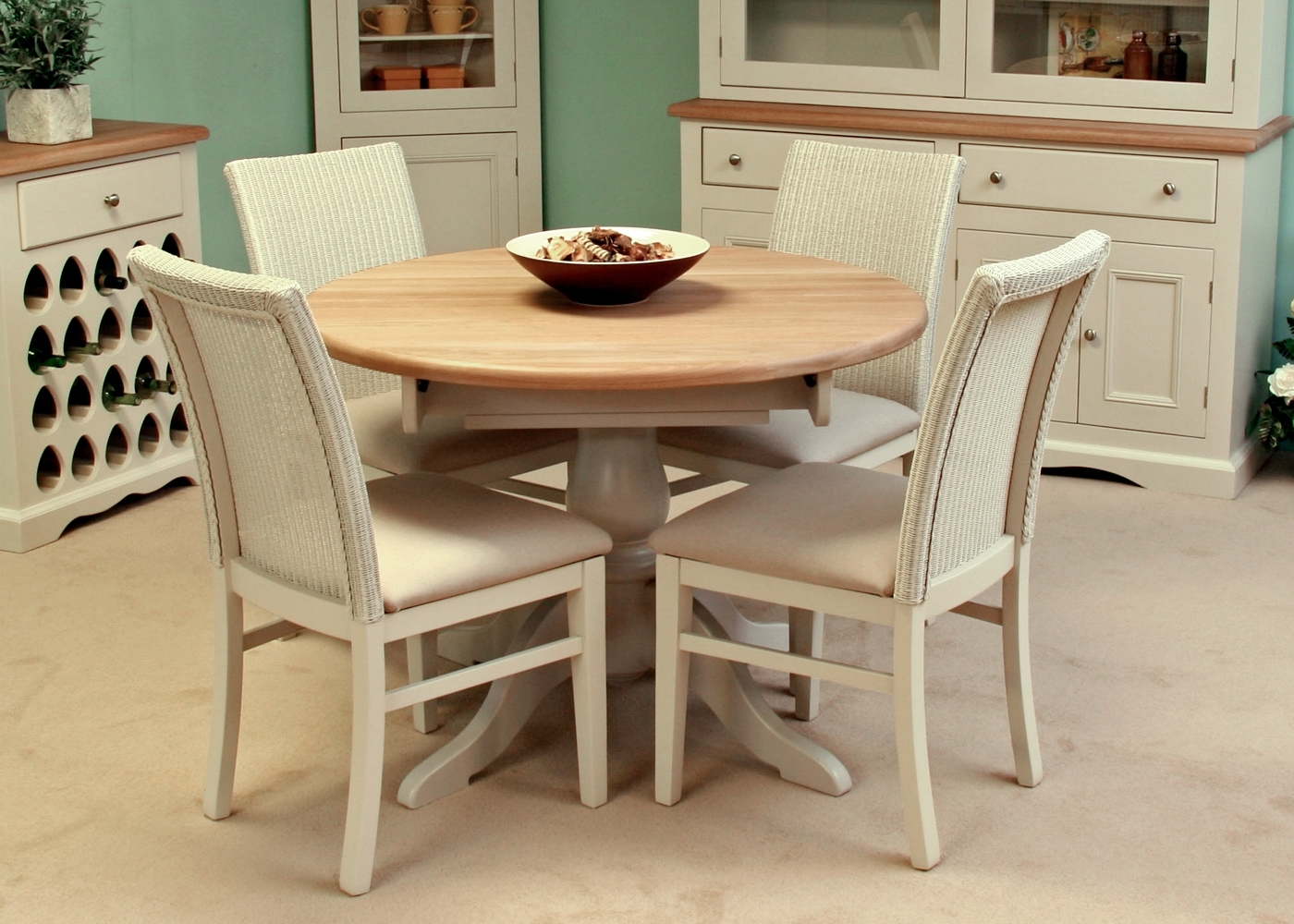 Well Liked Andrena Henley Circular Extending Dining Table – Midfurn Furniture Within Cotswold Dining Tables (View 9 of 25)