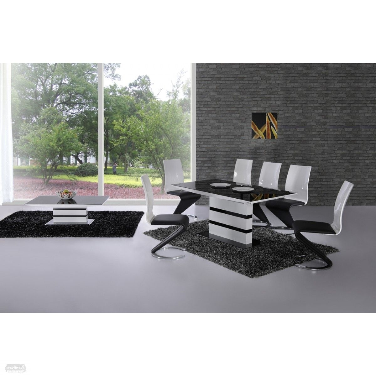 Well Liked Arctic Black Glass And White High Gloss Extending Dining Table (View 16 of 25)
