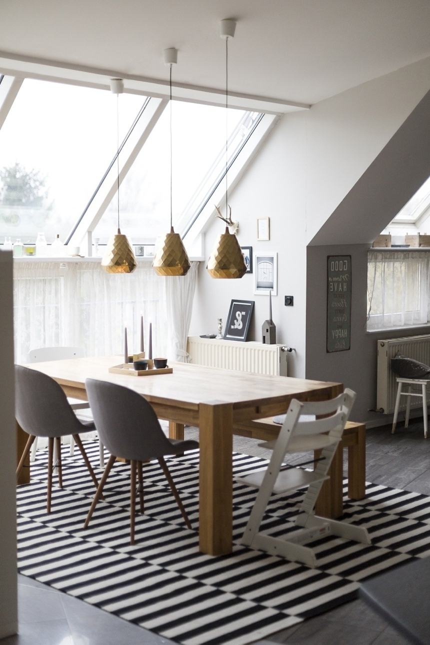 Well Liked How To Choose And Hang Pendant Lights Regarding Lighting For Dining Tables (View 12 of 25)