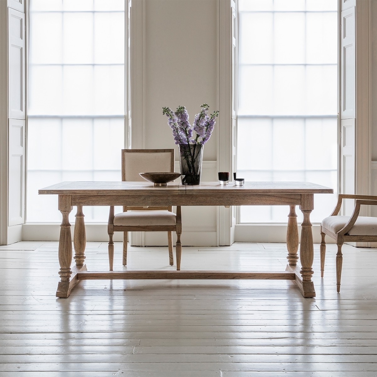 Well Liked Pavilion Chic Extending Dining Table Cotswold Within Cotswold Dining Tables (View 24 of 25)