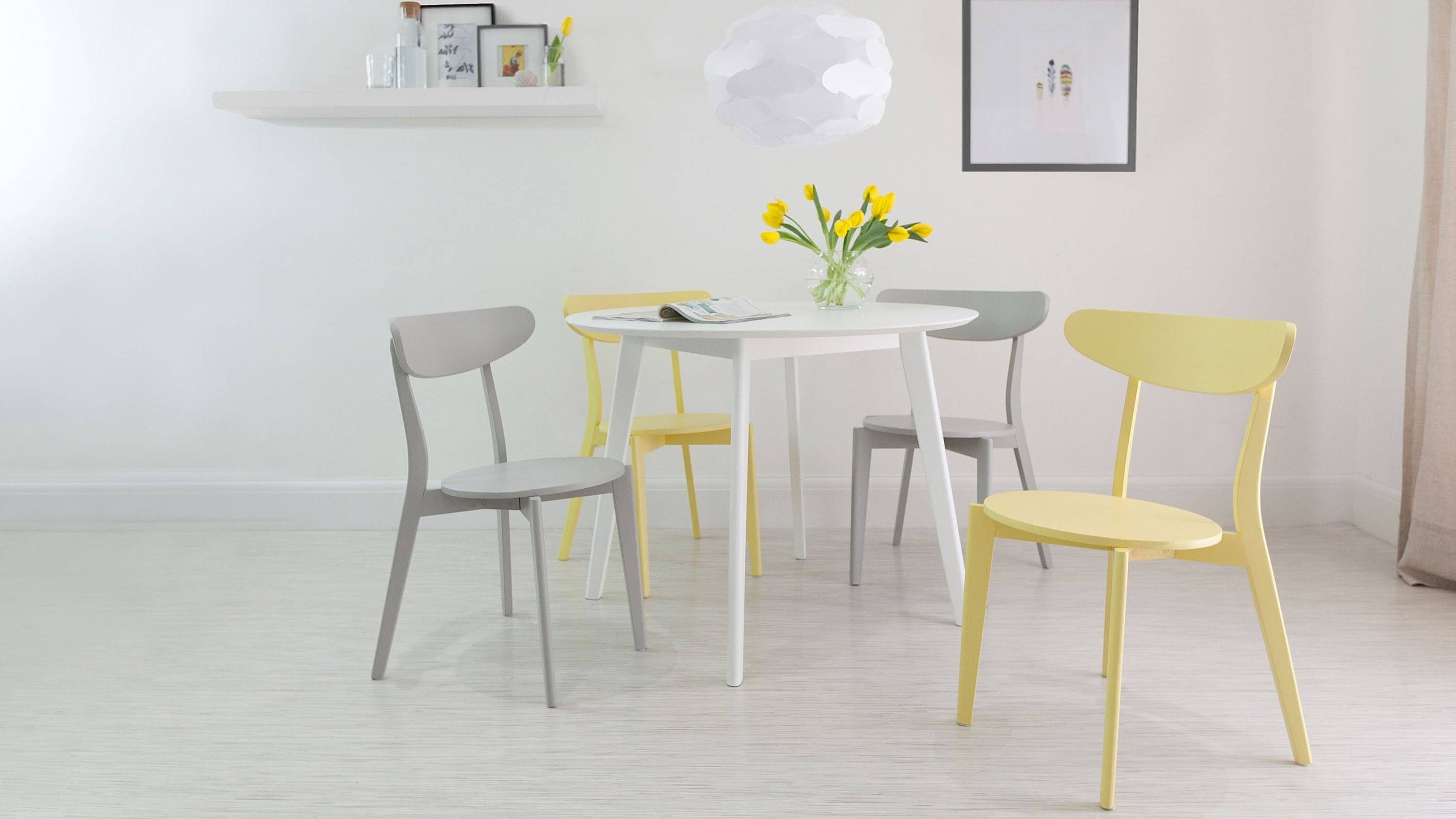 Well Liked Small Round Dining Table For 4 Beautiful Luxury Modern Round Kitchen Pertaining To Small Round Dining Table With 4 Chairs (View 2 of 25)