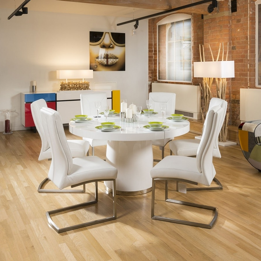 Well Liked White Gloss Dining Tables 140Cm For Modern 1400Mm Round White Gloss Dining Table & 6 White Padded Chairs (View 7 of 25)