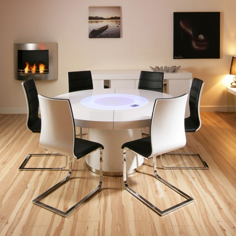 White Gloss Dining Chairs Regarding 2017 Large Round White Gloss Dining Table & 6 White / Black Dining Chairs (View 17 of 25)
