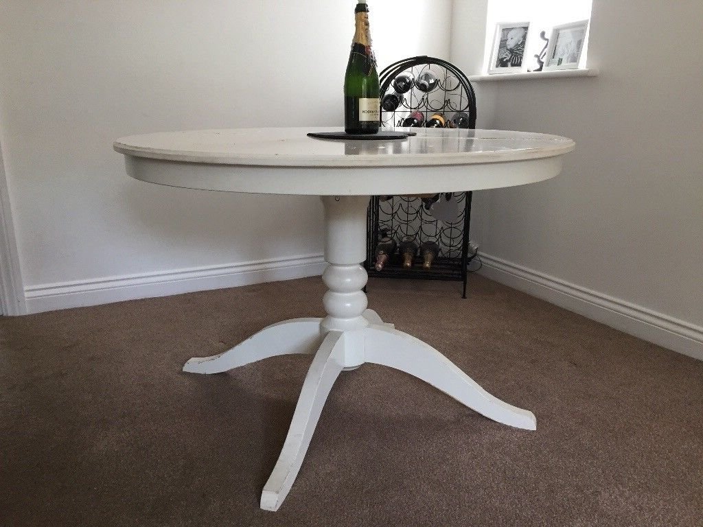 White Round Extendable Dining Table (View 17 of 25)