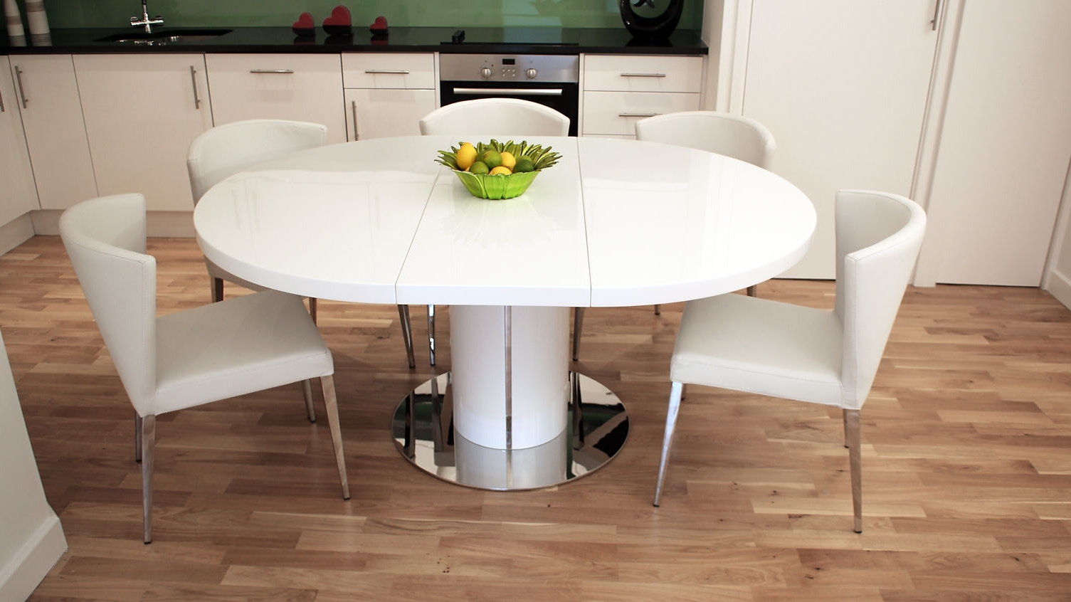White Round Extendable Dining Tables Pertaining To Most Up To Date Diy Painting White Round Dining Table — The Home Redesign (View 3 of 25)