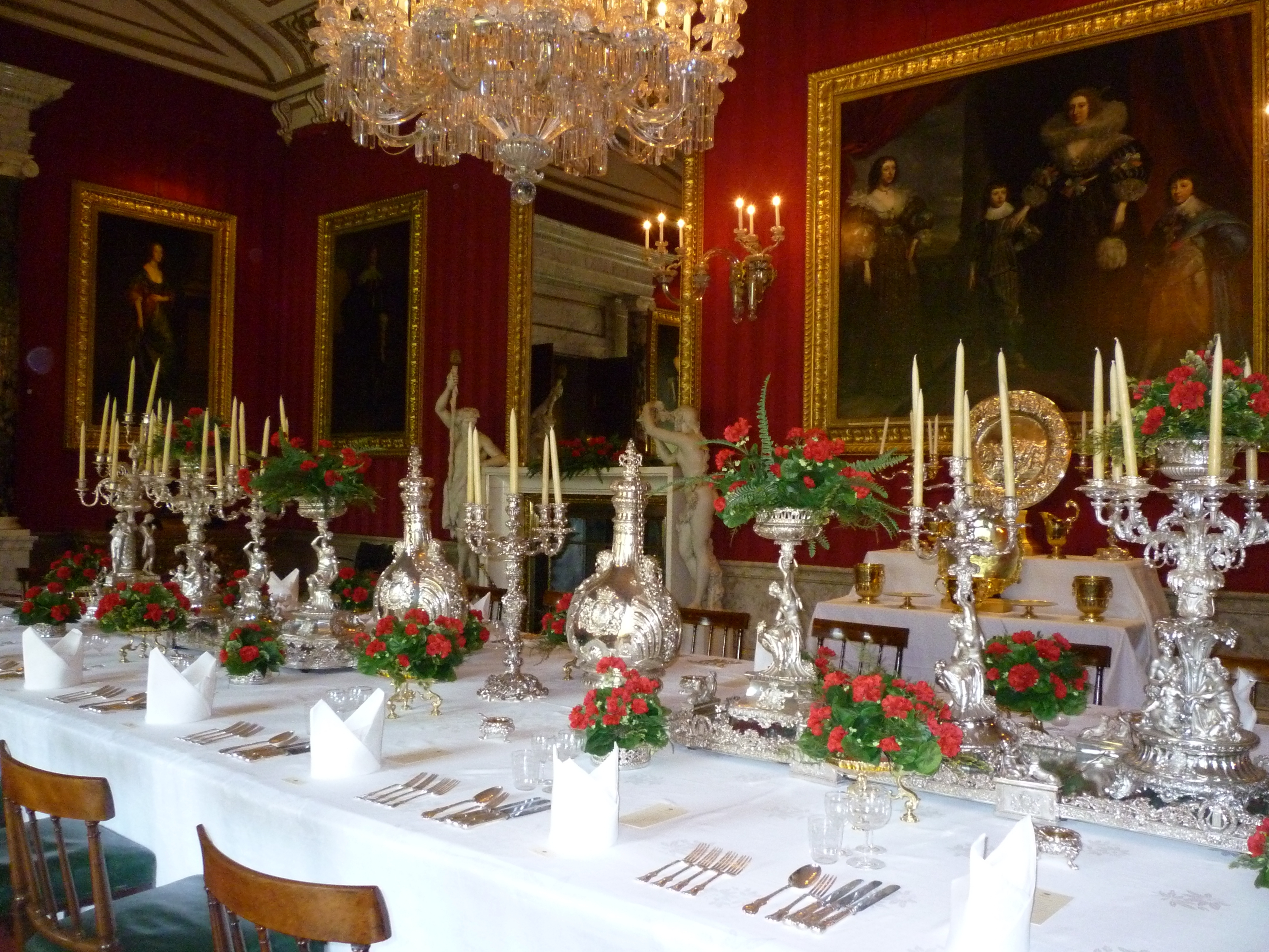 Widely Used File:dining Table Laid At Chatsworth House – Wikimedia Commons With Chatsworth Dining Tables (View 24 of 25)