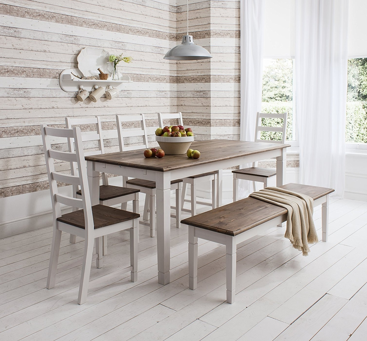 Widely Used Imágenes De White Wooden Dining Room Table And Chairs Intended For Combs 5 Piece 48 Inch Extension Dining Sets With Pearson White Chairs (View 25 of 25)