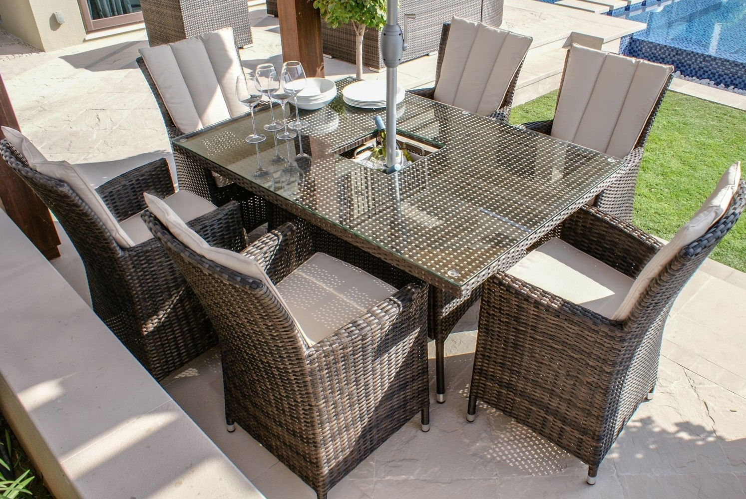 Widely Used Paris Dining Tables Inside Paris 6 Seater Rectangular Rattan Dining Set With Ice Bucket (View 19 of 25)